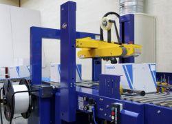 Automatische dozensluiter en omsnoeringsmachine