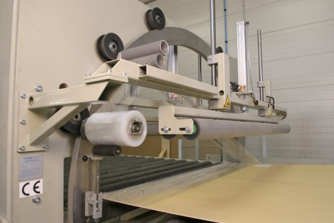 Horizontale wikkelmachine met een boog van 2 meter